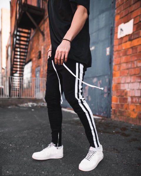 Quần track pants kaki màu đen 2 sọc trắng zip hà nội